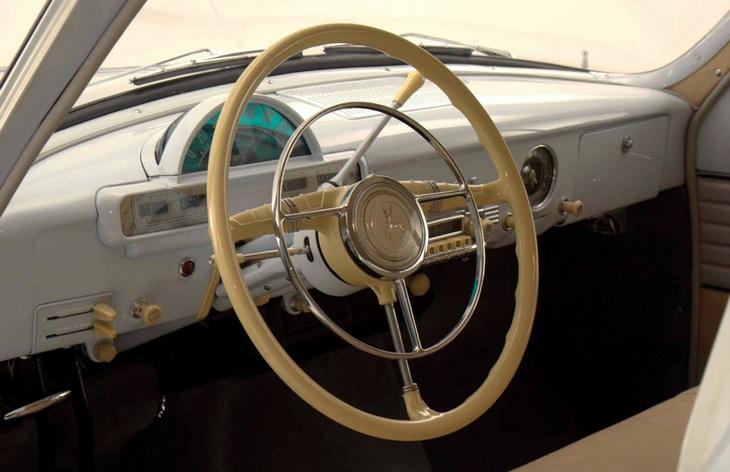 Интерьер седана ГАЗ-21 «Волга» третьей серии, 1962–1970