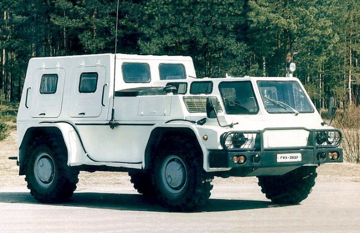 Автомобиль ГАЗ-3937