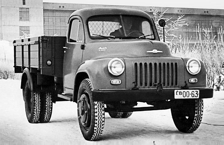 Прототип грузовика ГАЗ-56 первой серии