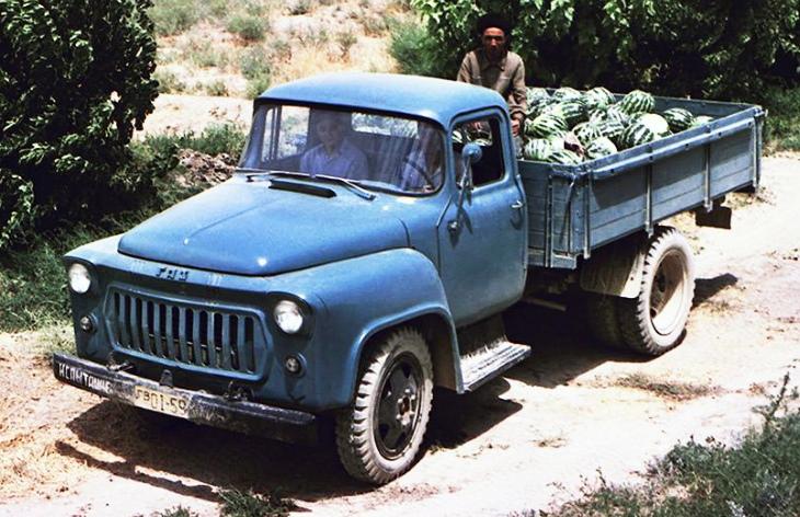 Прототип грузовика ГАЗ-56 второй серии